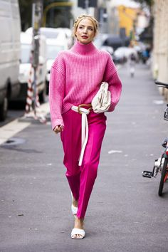 Fashion Casual Loose Solid Color Jumpsuits Quilted Shoes Are the One Footwear Trend You Need to Know for Fall 2019 Fashion Colours, Pink Fashion, Colorful Fashion, Fashion Looks, Fashion Outfits, Fashion Trends, Classy Fashion, 70s Fashion, Modest Fashion
