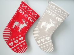 I have fallen in love with these very sweet Nordic Christmas stockings, which are available either in a red or neutral colour and feature a reindeer on one side and a turtle dove on the reverse. They will look fab hung across any fireplace or on a kids door handle on Christmas eve, waiting for Santa to fill with presents in time for Christmas day.  The Nordic Christmas stocking is approximately 6.5 (17 cm) wide at the top and 14 (33 cm) long. It is lined with coordinating 100% cotton fabric…