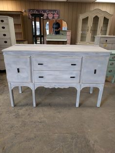 Check Out This Amazing Piece All The Way From Manchester England! It Is A  Buffet