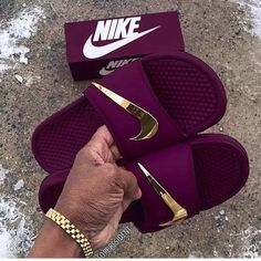 1582b6d13 See more. Hangi rengi tercih edersin  👟Ailemize buyrun  modakizimbu   modakizimbu Nike Flip Flops