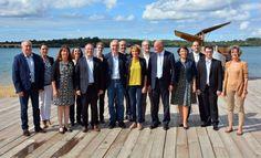 Ce samedi 19 septembre, c'est dans le décor du lac d'Arjuzanx qu'Alain Rousset a choisi de présenter ses co-listiers landais en vue des élections régionales.