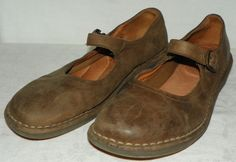 Bass Brown Leather Mary Jane Flats Shoes Womens Size 11 M Made in Italy #Bass #MaryJanes #Casual