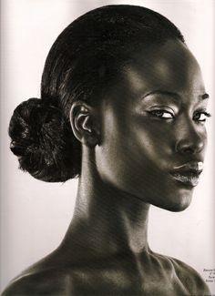 Classic Beautiful Black Woman!!