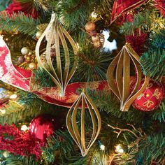 DIY Gold Glitter Paper Ornaments In Store Holiday Pinterest Party November 15, 2014 1pm - 4pm