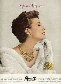 model Mary Jane Russell in an advert for Monet jewellery from Vogue September 1957 1950s Jewelry, Jewelry Ads, Vintage Costume Jewelry, Vintage Costumes, Vintage Jewelry, Gold Jewelry, Jewelry Rings, Gold Necklace, Moda Vintage