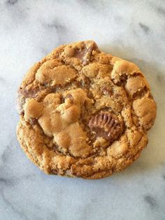 Reese's Peanut Butter Cup Cookies These would be gone in two seconds!