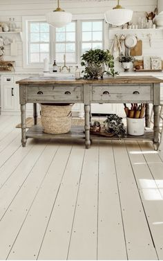 Home Interior Design .Home Interior Design Bedroom Decor For Couples, Diy Bedroom Decor, Retro Home Decor, Cheap Home Decor, Small Space Kitchen, Small Kitchens, Small Spaces, Cocina Shabby Chic, Cottage Kitchens