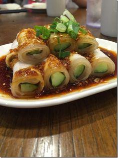 Sichuan Garlic Paste Pork Belly (蒜泥白肉)