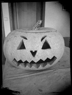Zelfgemaakt halloween pompoen