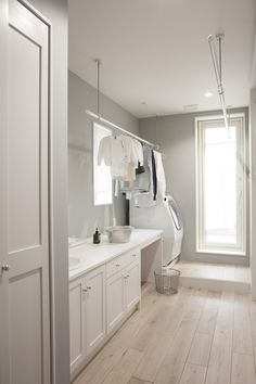 Mudroom Ideas – A mudroom may not be a very essential part of the house. Smart Mudroom Ideas to Enhance Your Home Laundry Room Cabinets, Laundry In Bathroom, Küchen Design, House Design, Interior Design, Design Ideas, Landry Room, Tuscan House, Laundry Room Design