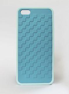 Delgado como una hoja, pero duro como un escudo... Con este NUEVO Case, tu iPhone no volverá a ser el mismo: http://easyshop.mx/17-case