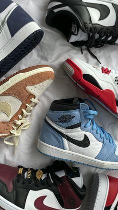 Cute Nike Shoes, Nike Shoes Outfits, Jordan Shoes Girls, Girls Shoes, Sneakers Fashion, Fashion Shoes, Nike Shoes Air Force, Swag Shoes, Aesthetic Shoes