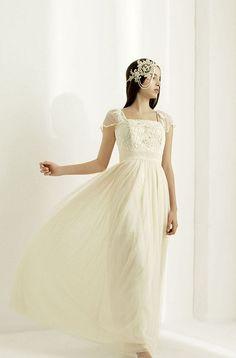 Luella's Boudoir is a unique bridal boutique in Wimbledon Village, London.