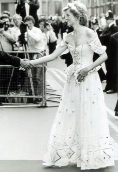 1986-07-22 Diana arrives at the Royal Opera House for the Royal Charity Premiere of Ivan The Terrible by the Bolshoi Ballet