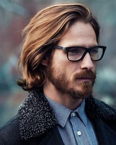 You will look more handsome in this kind of Lace Front Wavy Remy Human Hair 8 Inches Online Mens Wigs. Hair And Beard Styles, Curly Hair Styles, Mens Long Hair Styles, Short Styles, Boy Hairstyles, Hairstyle Ideas, Trendy Hairstyles, Mens Hairstyles 2014, Glasses Hairstyles