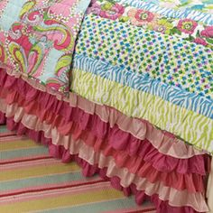 Girls Bedding - cute, cute and love this frilly bedshirt