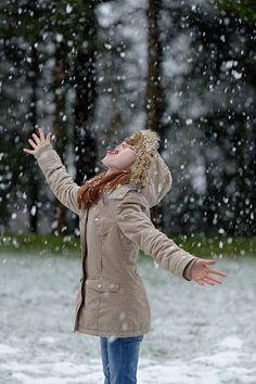Winter Fun, Winter Jackets, Snow, Fall, Fashion, Winter Coats, Autumn, Moda, Winter Vest Outfits
