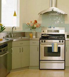 Kitchen sinks are essential elements if functional kitchen design