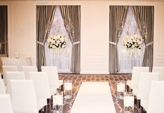 Aisle for white and acrylic