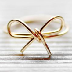 Wire Ring tutorial. Easy and so pretty!