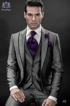 Italian bespoke gray fashion suit three pieces in cotton mix fabric with black lapel profile, style 410 Ottavio Nuccio Gala, Fashion collection.
