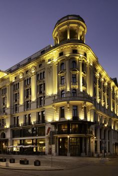 The Luxury Collection hotels & resorts debuts in Poland with the iconic Hotel Bristol in Warsaw. Owned by Starman Poland, Hotel Le Bristol Paris, Hotel Bristol, Best Places To Travel, Places To Go, Warsaw Hotel, Luxury Collection Hotels, Beste Hotels, Warsaw Poland, Krakow
