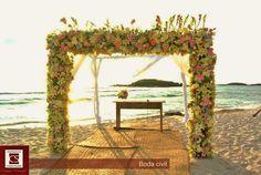 estructura para boda en playa Amazing Ceremony Structures For Your Wedding http://claudiasaldana.com