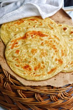 Soft and flaky parathas (flat bread) with lots of layers. This is a Pakistani style paratha which is more on the soft side. Lachha Paratha is somewhat similar to our Kerala malabar&… Tofu Recipes, Cooking Recipes, Paratha Recipes, Cooking Bread, Ramadan Recipes, Desi Food, Iftar, Perfect Food, Vegan Chocolate