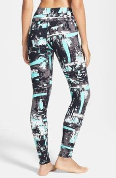 ♡ Womens Workout Leggings | Workout Clothes | Good Fashion Blogger | Fitness…
