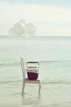 beach picnic, yes please