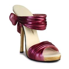 Just the Right Shoe Tied Up Shoe Figurine