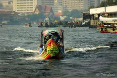 A long tail boat used for our fun Amazing race team building Bangkok events.