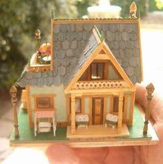 1/144 scale dollhouse miniature
