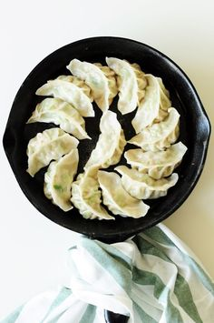 Potstickers are one of the classics in Chinese cuisine. They also make a wonderful, healthy freezer meal for a whole family. Here's a step-by-step guide to homemade potstickers. Healthy Freezer Meals, Healthy Recipes, Sweets Recipes, Delicious Recipes, Healthy Food, Potsticker Wrappers, Chinese Cooking Wine, Cooking 101, Eat Right