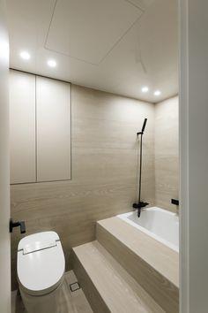 호텔 같은 집, 내 인생 최고의 소비 :) | 오늘의집 인테리어 고수들의 집꾸미기 Corner Bathtub, Alcove, Bathroom, Home Decor, Washroom, Decoration Home, Room Decor, Full Bath, Bath