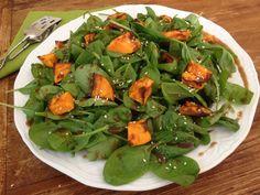 Σαλάτα με σπανάκι και γλυκοπατάτα