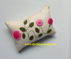 Hey, I found this really awesome Etsy listing at http://www.etsy.com/listing/173731057/hi-pincushion-pincushion-fabric