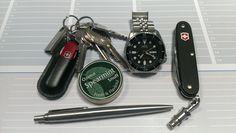 EDC dump - Swiss Army Knife Pioneer Black, Parker, Seiko SKX007