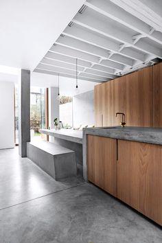 minimalist deco Concrete Kitchen, Concrete Houses, Concrete Wood, Concrete Floors, Concrete Table, Concrete Counter, Kitchen Wood, Home Decor Kitchen, Kitchen Interior