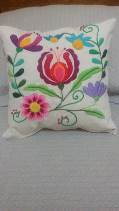 Basic Embroidery Stitches, Punch Needle, Sharpie, Arts And Crafts, Doodles, Throw Pillows, Beads, Design, Embroidered Bedding