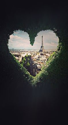 ♥ Eiffel Tower Love