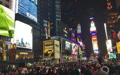 Times Square é movimentada a qualquer hora do dia