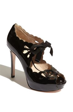 Gorgeous black heels with bows :) Too Cute!