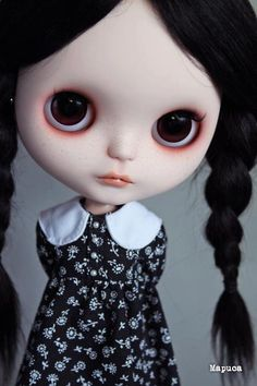 Is this a Wednesday Blythe Doll, does anyone know? Addams Family?