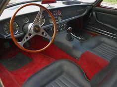 Lamborghini 400 GT interior