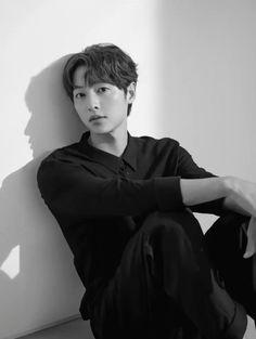 Song Joong Ki Drama, Song Joong Ki Cute, Korean Men, Korean Actors, Sung Jong Ki, Seo Dae Young, Park Seo Joon Instagram, Soon Joong Ki, Korean Drama Stars