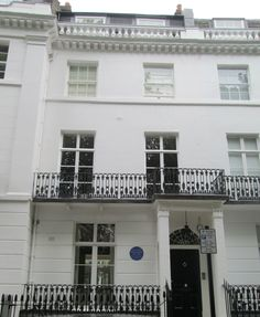 The home of actor Nigel Playfair from 1874-1934