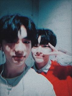 Hyunjin and I.N Rap Lines, Kids Icon, Kids Wallpaper, Extended Play, Lee Know, South Korean Boy Band, K Idols, Freckles, Mixtape