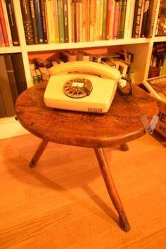 Antiguo taburete para ordeñar en Madrid - vibbo - 96484185