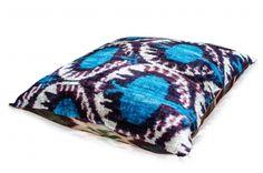 Velvet Ikat Cushion 50x50-23 € 69